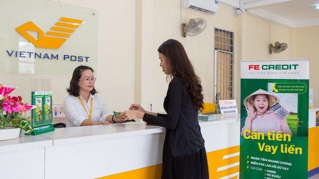 Vay tiền tại bưu điện với FE Credit
